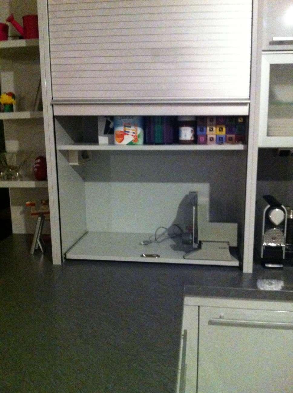 küche .. alles geklebt oder geschraubt ?   forum auf