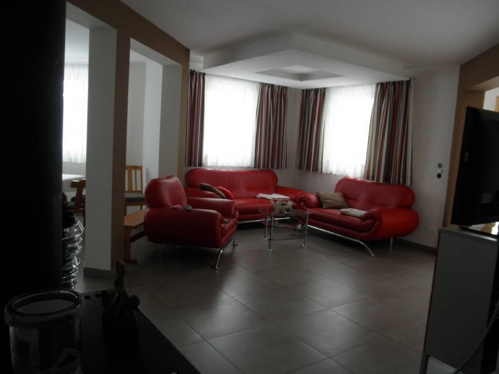 wie indirekt von der decke beleuchten forum auf. Black Bedroom Furniture Sets. Home Design Ideas