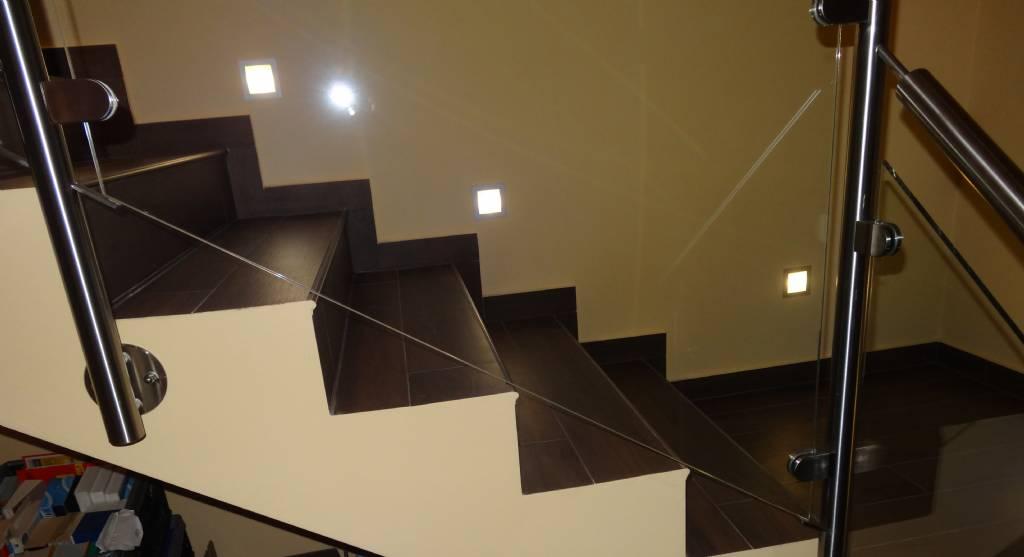 stiegen fliesen holzoptik das beste aus wohndesign und. Black Bedroom Furniture Sets. Home Design Ideas