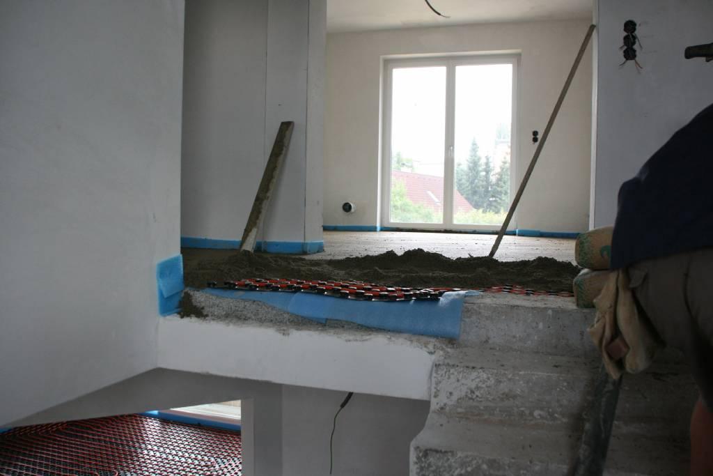 estrichabschluss an treppe und galerie bauforum auf. Black Bedroom Furniture Sets. Home Design Ideas
