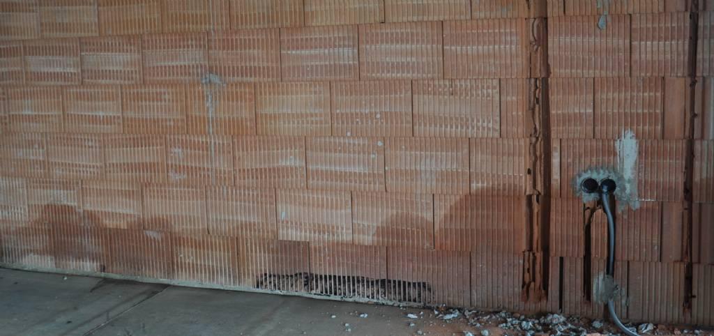 Relativ Mauerwerk Ausblühungen-Salpeter? | Bauforum auf energiesparhaus.at RP41