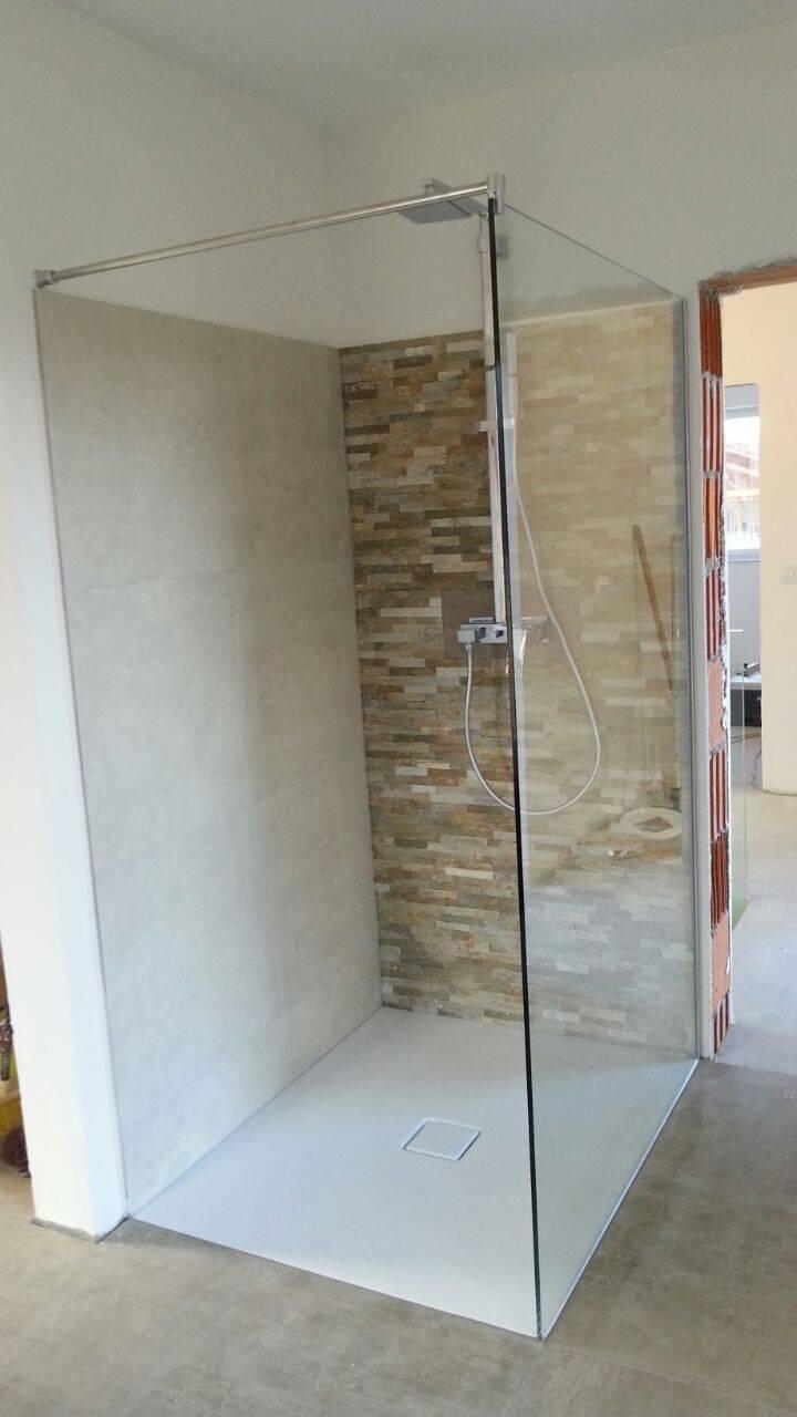gr nstich glaswand dusche bauforum auf. Black Bedroom Furniture Sets. Home Design Ideas