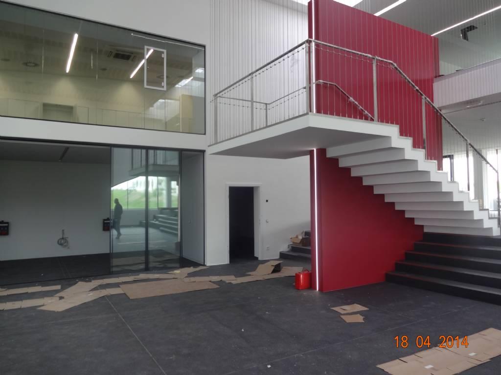 Treppe mit senkrechten Seilen od. Stange | Bauforum auf ...