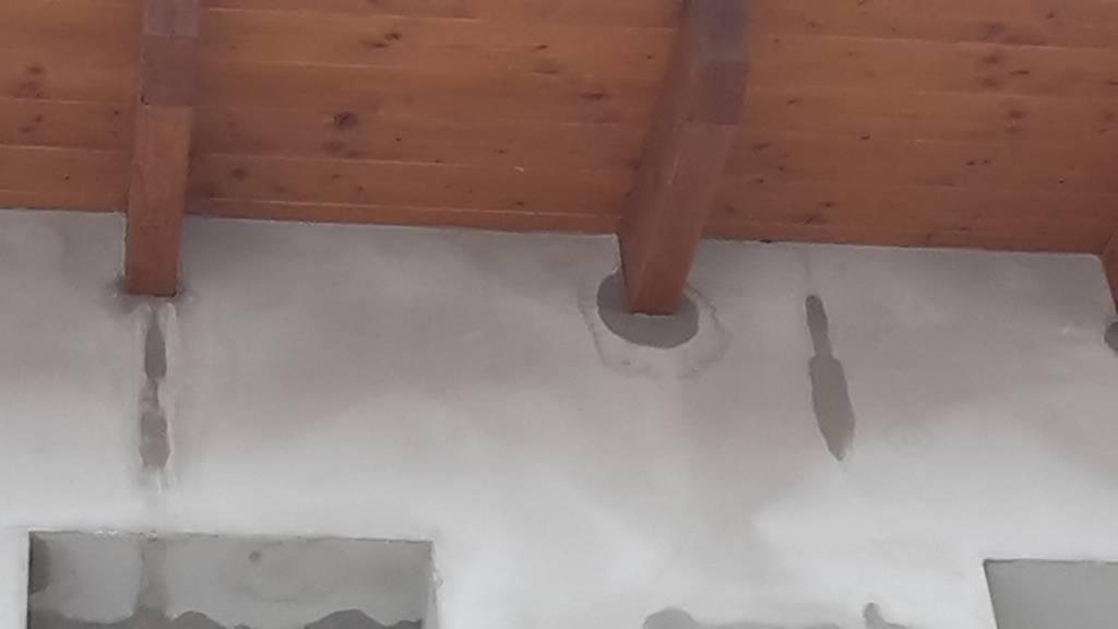 Schimmel und Feuchtigkeit im Dachboden