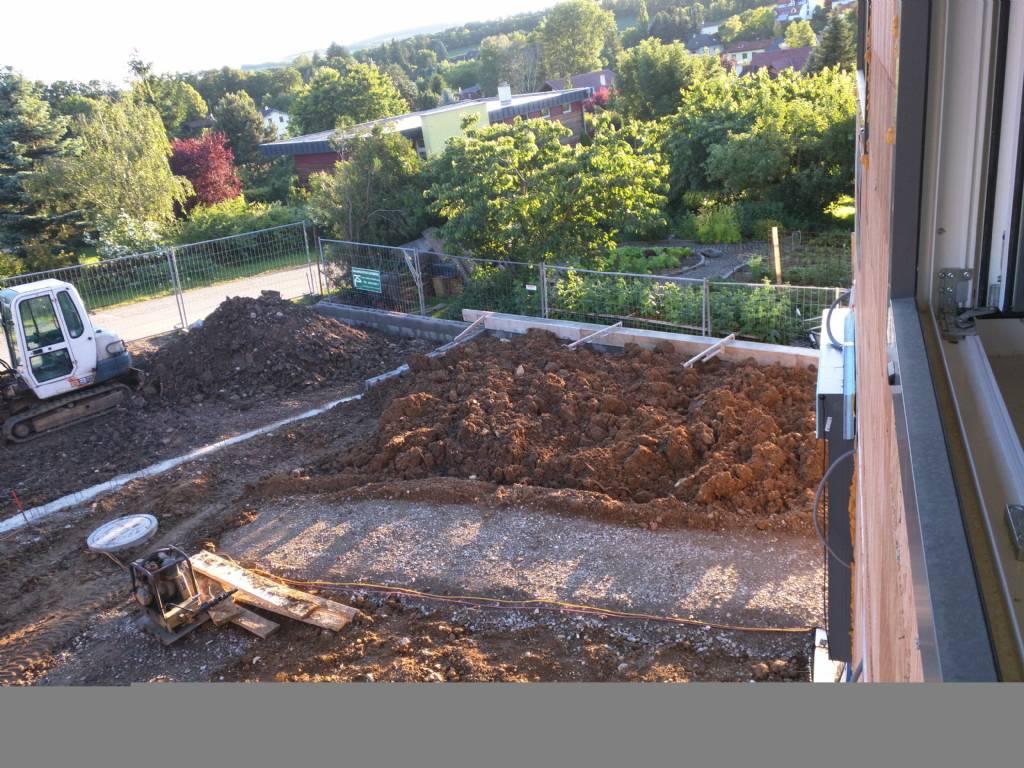Betonsockel Fur Zaun Bauforum Auf Energiesparhaus At