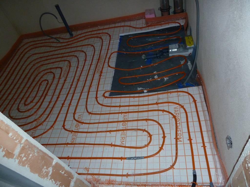 fussbodenheizung im bad energieforum auf. Black Bedroom Furniture Sets. Home Design Ideas