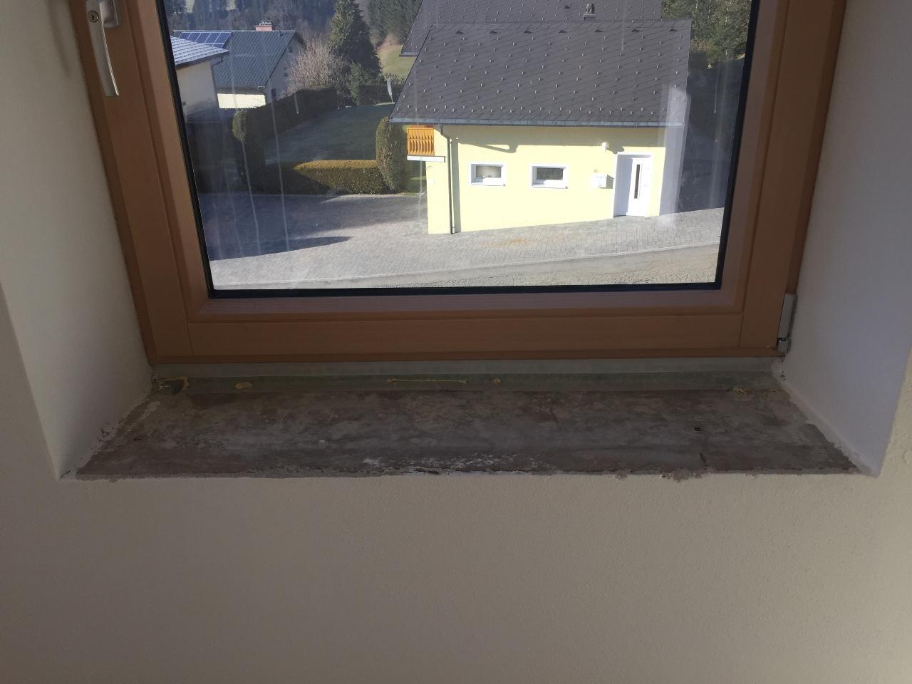 Fensterbrett montieren rund ums fenster keine w rmebr cken mehr malerblatt online fensterbank - Fensterbanke richtig einbauen ...