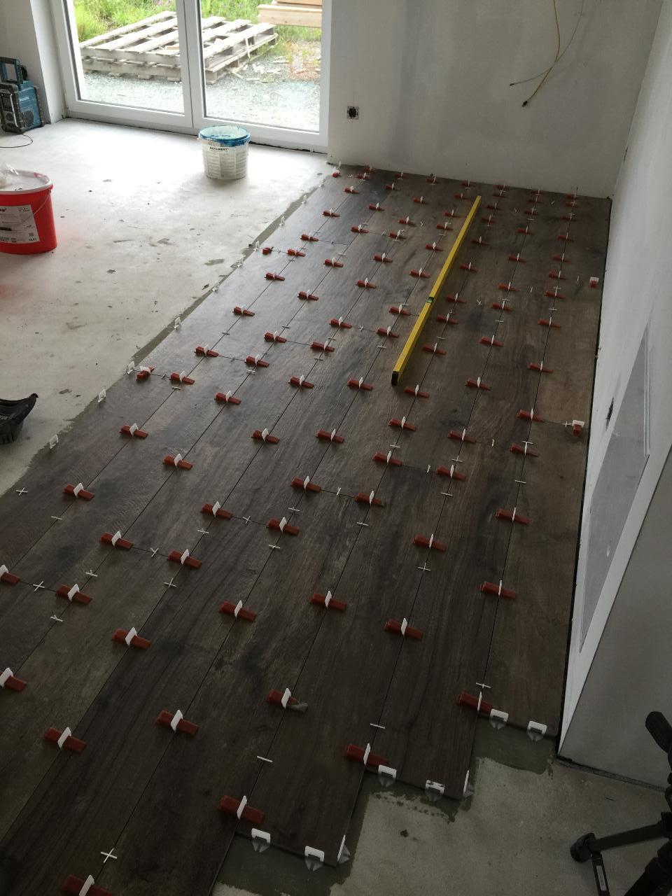 Fliesen Nivelliersystem Bauforum Auf Energiesparhaus At
