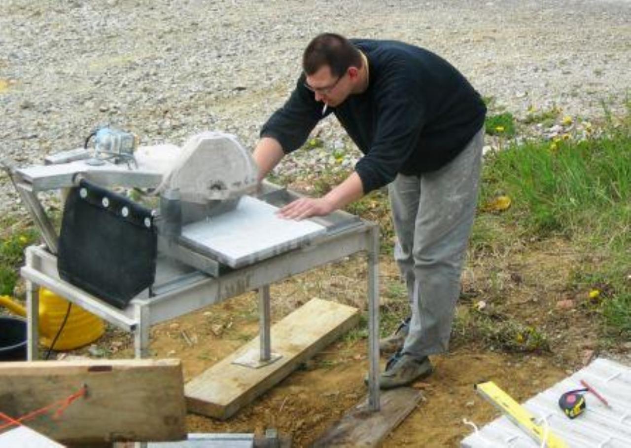 Wie schneidet man Feinsteinzeug 20cm   Bauforum auf energiesparhaus.at