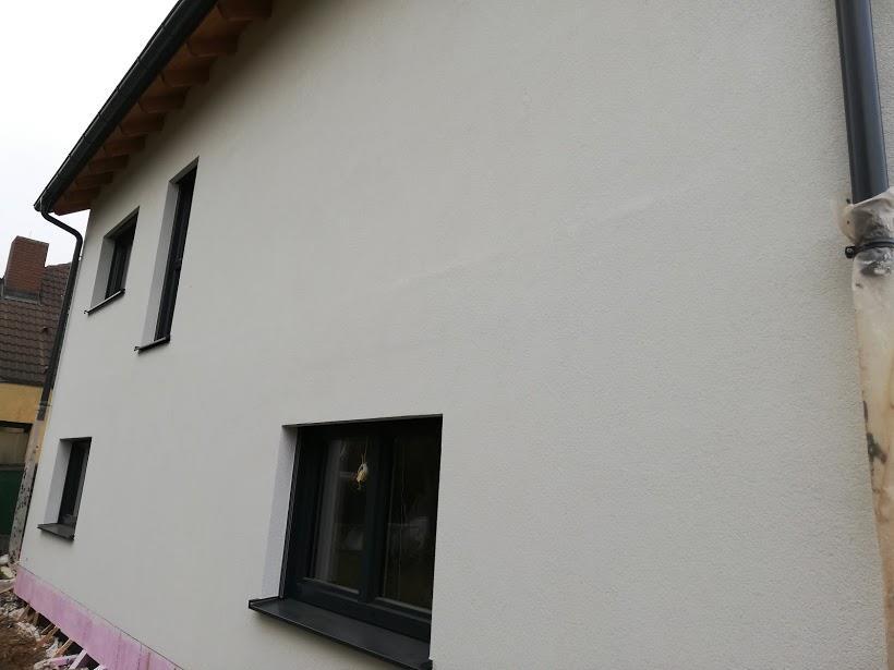 Sehr Außenputz fertig - Plattenumrisse/Decke teilweise sichtbar RC72